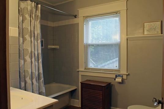 58 Shattuck St, Greenfield, MA: $219,900