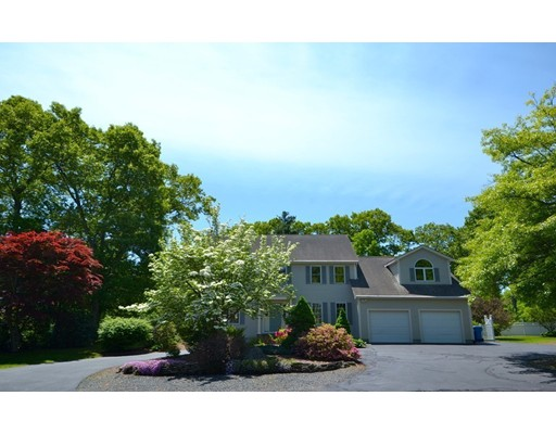10 Oak Point, Wrentham, MA
