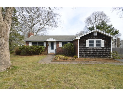 14 Fiddlers Circle, Barnstable, MA