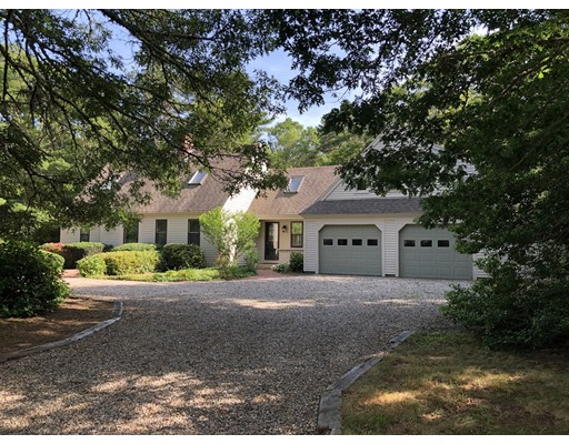 19 Oyster Way, Mashpee, MA