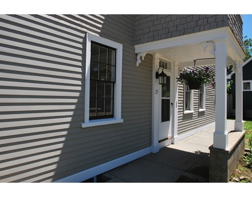 25 High Street, Rockport, MA 01966