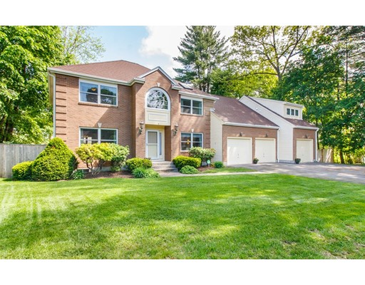 6 Frost Circle, Wellesley, MA