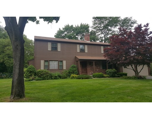 68 Chestnut Hill Road, South Hadley, MA