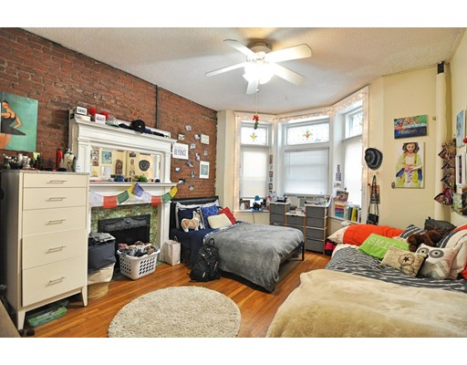 39 Hemenway Street, Boston, MA 02115