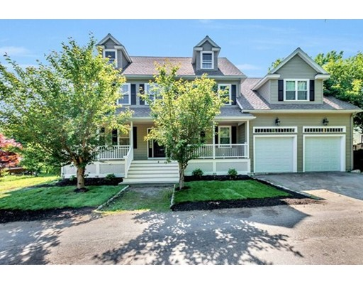 4 Doherty Place, Woburn, MA