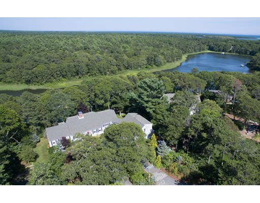 111 River Road, Mashpee, MA