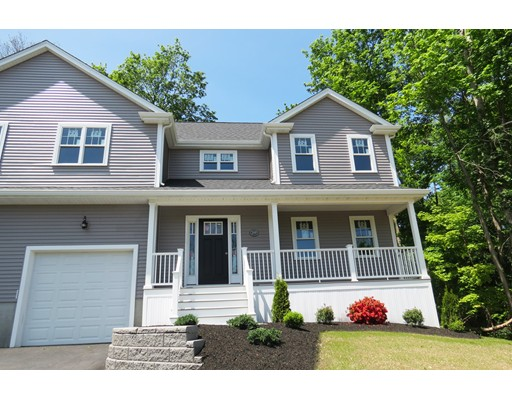 28 Railroad Avenue, Foxboro, MA 02035
