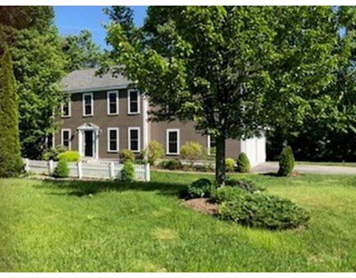 103 Meadow Creek Drive, Dracut, MA