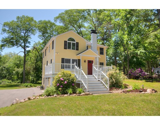 Photo of 12 Riverview Dr Middleton MA 01949