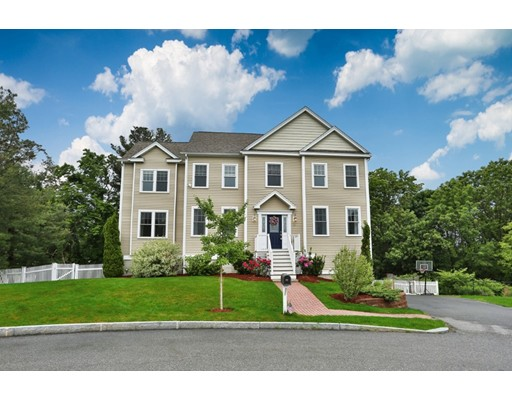 14 Sailor Toms Way, Reading, MA