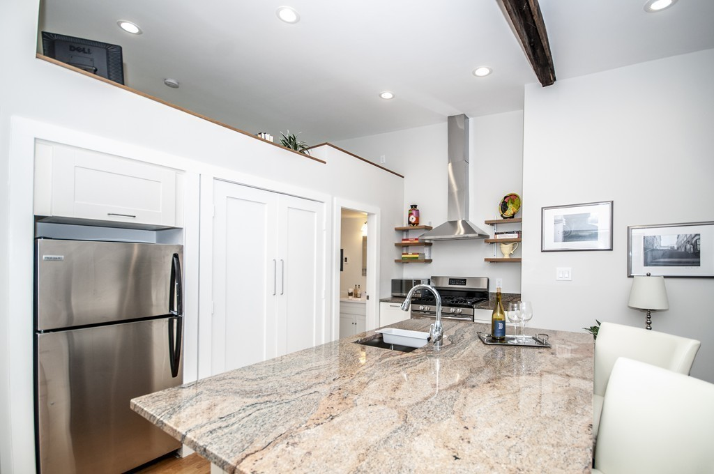 275 Highland Ave, #A, Somerville, MA 02143 - SOLD LISTING