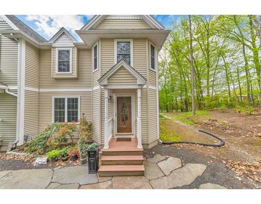 37 W Summit Street, South Hadley, MA 01075