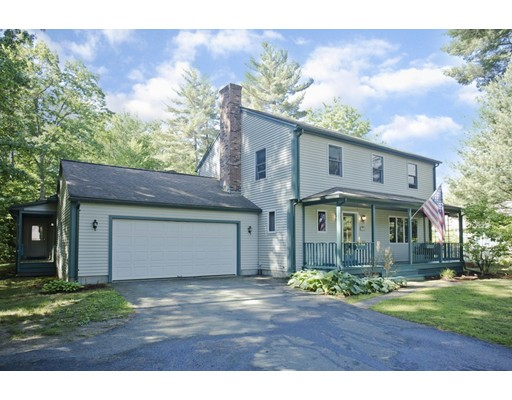 17 Pine Hill Road, Easthampton, MA