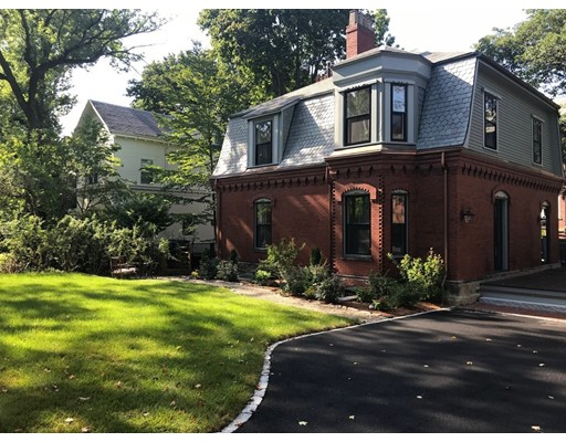 195 Walnut Street, Brookline, MA