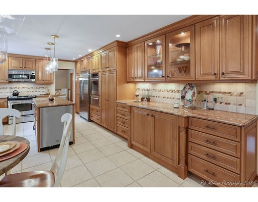 16 Wyncrest Circle, Andover, MA