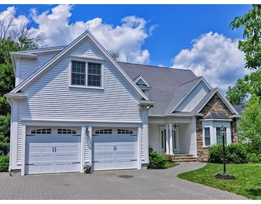 136 Plantation Circle, Norwood, MA