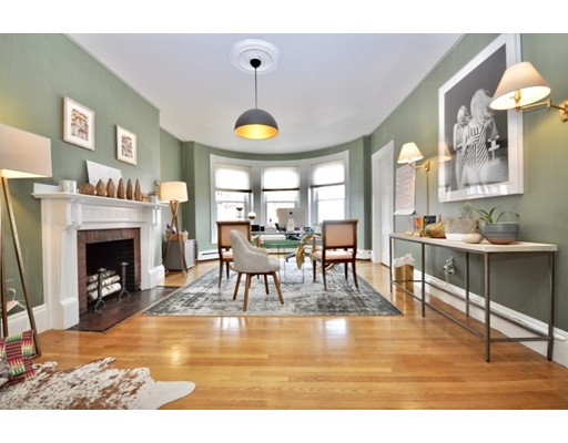 218 Newbury Street, Boston, MA 02116
