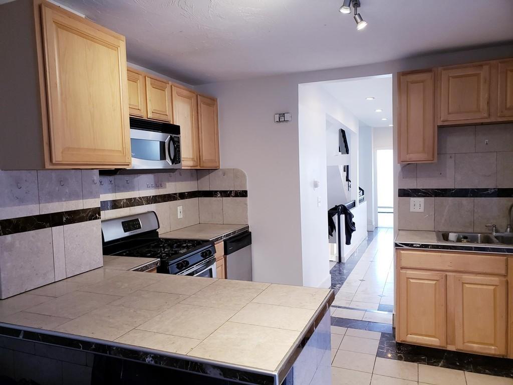 573A Somerville Ave , #A, Somerville, 02143, Prospect Hill | Arthur  Horiatis:Gibson Sotheby's