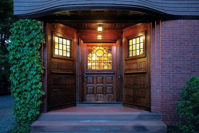92 High St, Brookline, MA, 02445,  Home For Sale