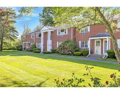 6 Village Green Drive, North Andover, MA 01845