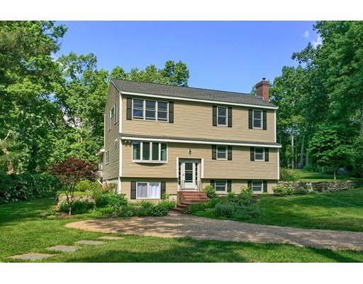 8 Massasoit Trail, Littleton, MA