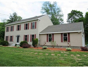 5 Pentucket Drive, Hampstead, NH 03826