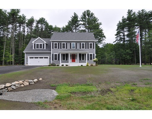27 Bacon Street, Pepperell, MA