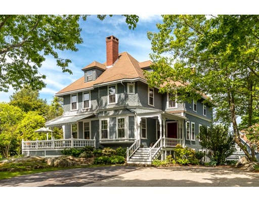 16 Smith's Point, Manchester, MA