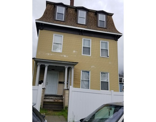 15 Larch Street, Worcester, MA 01609