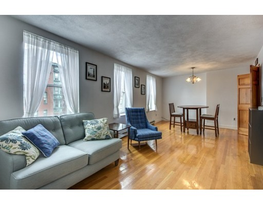 16 North Square, Boston, MA 02113
