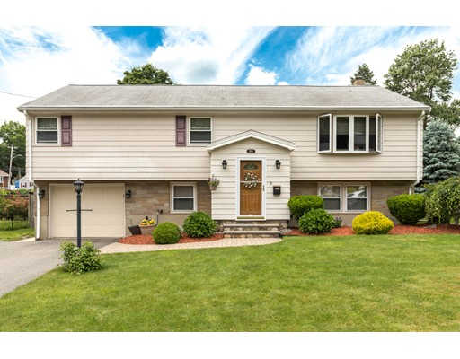 205 Woodcrest Drive, Melrose, MA