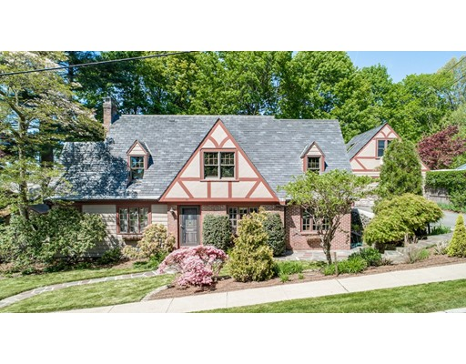 104 Hillcrest Parkway, Winchester, MA