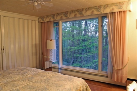 360 S. Shelburne Road, Shelburne, MA: $289,900