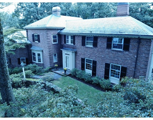 32 Peirce Road, Wellesley, MA