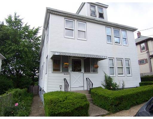 26 N. Crescent Circuit, Boston, MA 02135