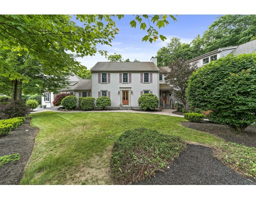 1 Hunt's Pond Lane, Abington, MA