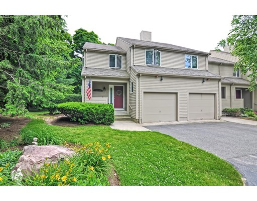 2 Poppasquash Road, North Attleboro, MA 02760