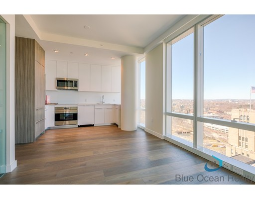 188 Brookline Avenue #25G Floor 25