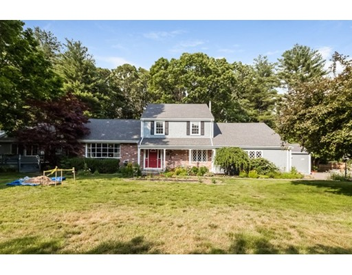 28 Valley Road, Dover, MA