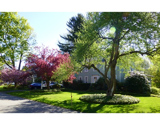 34 Meadowbrook Road, Needham, MA