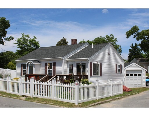 25 Circuit Avenue, Wareham, MA