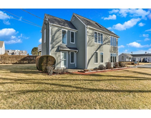 19 Boyer Road, Falmouth, MA 02540