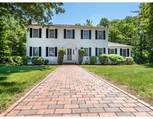 72 Kings Road, Norwood, MA