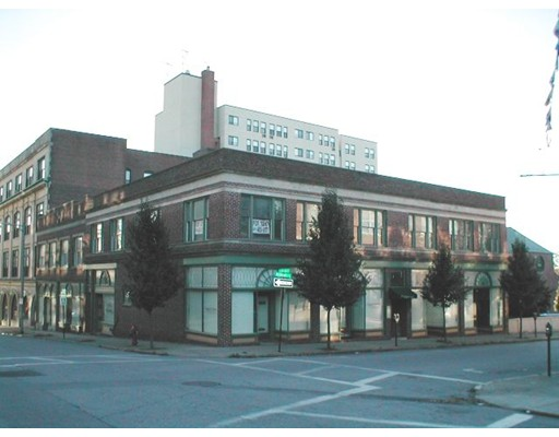 488 Pleasant Street, New Bedford, MA 02740