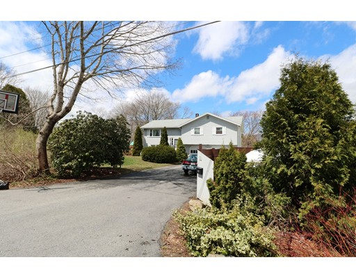 11 Orchard Road, Gloucester, MA