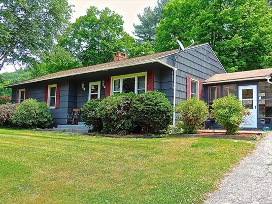 19 Chapin, Bernardston, MA<br>$239,000.00<br>1.3 Acres, 3 Bedrooms