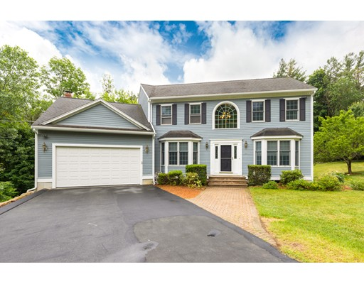 20 Grand View Avenue, Wakefield, MA