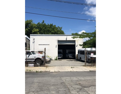 57 Manchester St, Fall River, MA 02721
