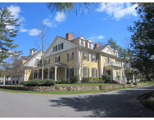 124 Dover Road, Wellesley, MA