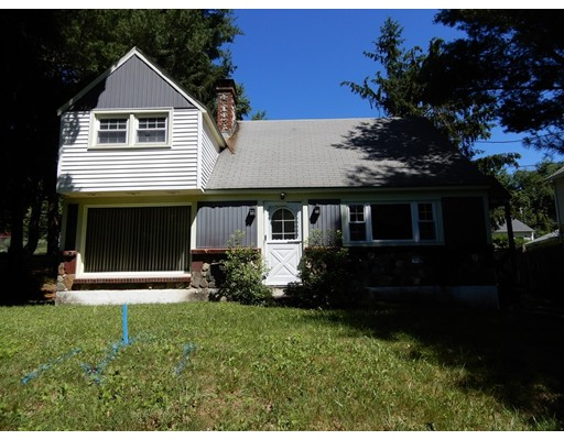 160 Willow Hill Road, Leicester, MA